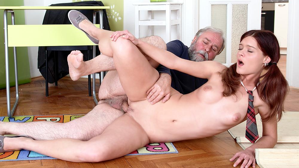 Ashton anderson live porn cam